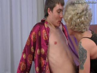 Русское порно папа на кухне